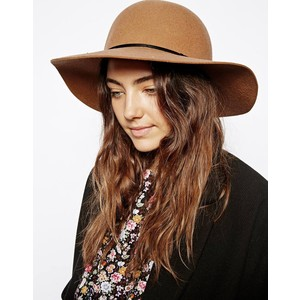 floppy brown hat